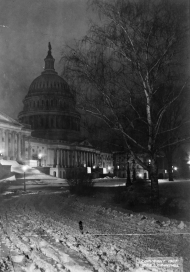 Lights Illuminate the Capitol in 1907