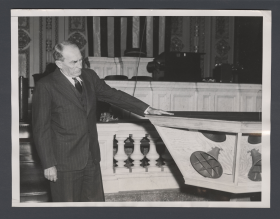 1938 photograph of Speaker Bankhead scrutinizing the new speakers in the House Chamber.