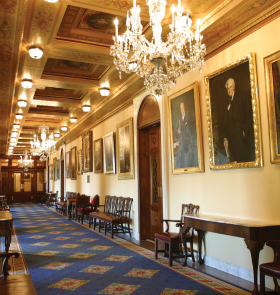 Photograph of the Speaker's Lobby and Members' Retiring Room