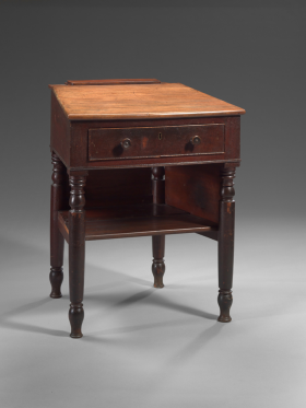 The earliest surviving Chamber desk, which was installed in 1819, is also one of the smallest.