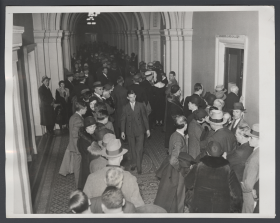 A Crowd Waits for the House to Vote on Repealing Prohibition
