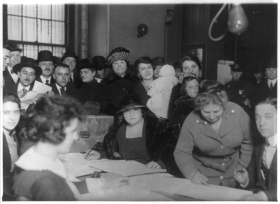 Women Voting in 1922
