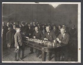 Sammy Reshevsky Plays Chess with Three Representatives