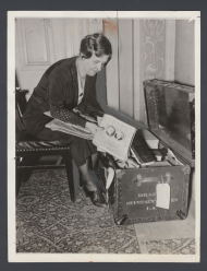 Ettie Garner Packing Up