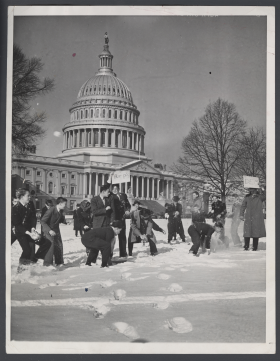 1940 Snowball Fight