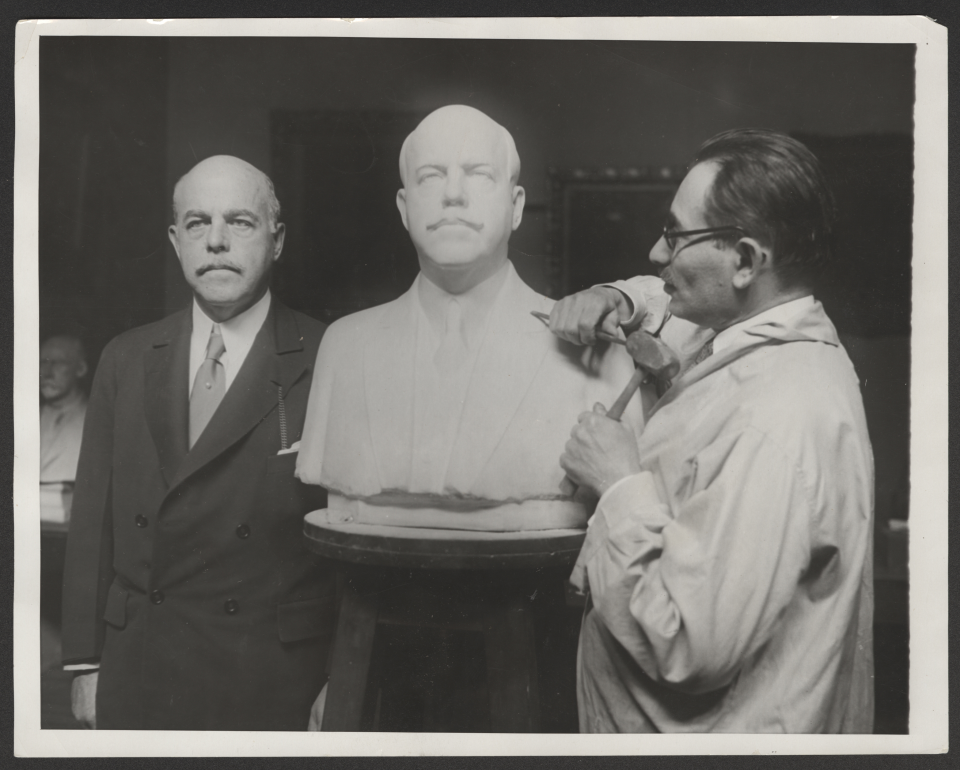 Nicholas Longworth, Bust, and Sculptor Moses Wainer Dykaar